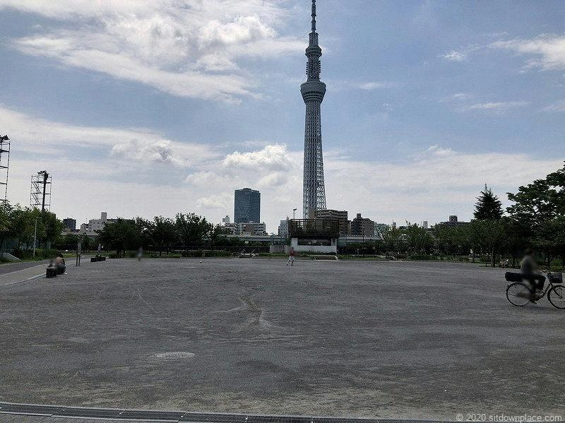 浅草駅隅田公園山谷堀広場の休憩場所