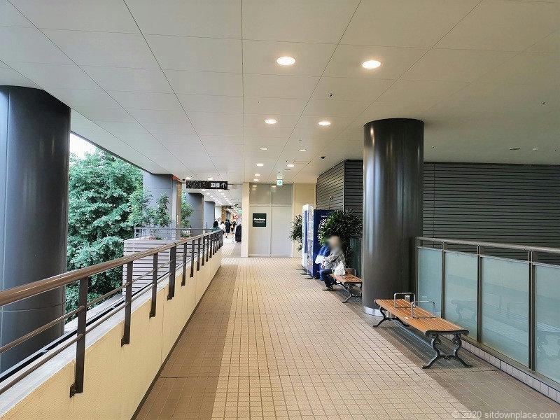 分倍河原駅MINANOの休憩場所その1