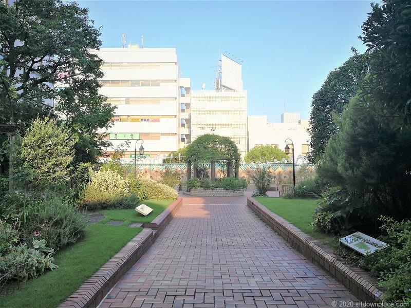 二子玉川駅 高島屋本館3F ローズガーデンの外観