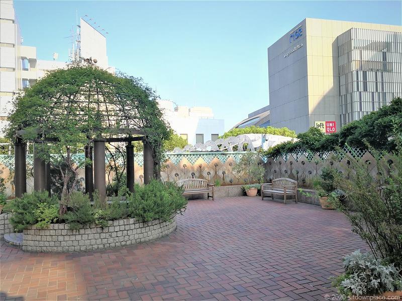 二子玉川駅 高島屋本館3F ローズガーデンの休憩場所