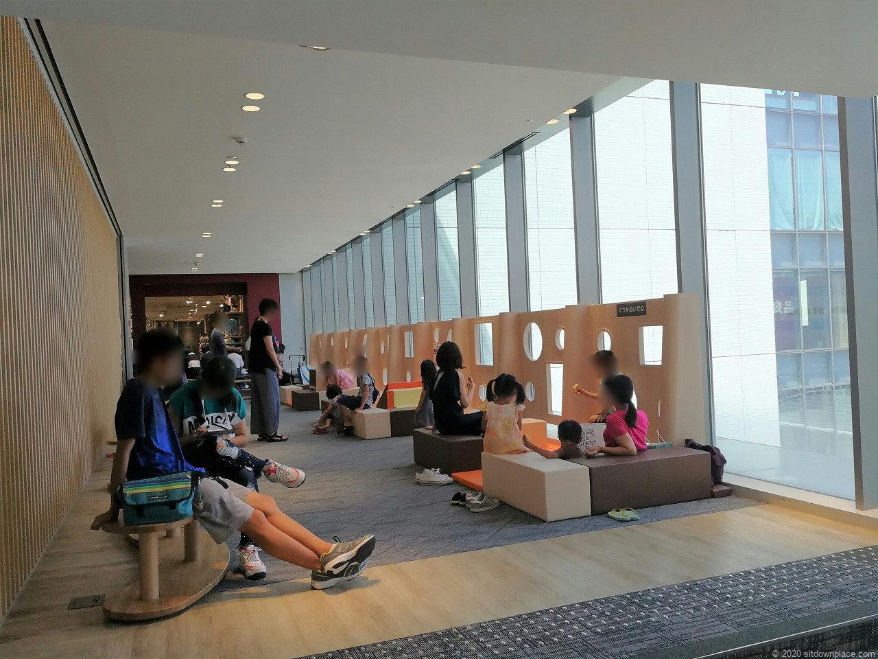 浜松駅イ・コ・イスクエア 3F~6Fの休憩場所とキッズスペース