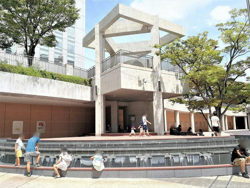 浜松駅アクトシティ サンクンプラザの噴水