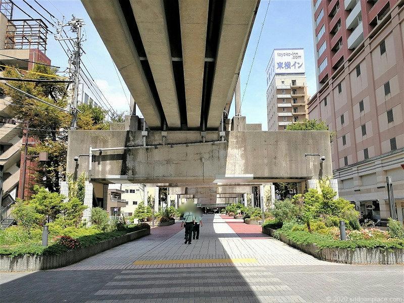 浜松駅遠鉄高架橋下遊歩道の外観②