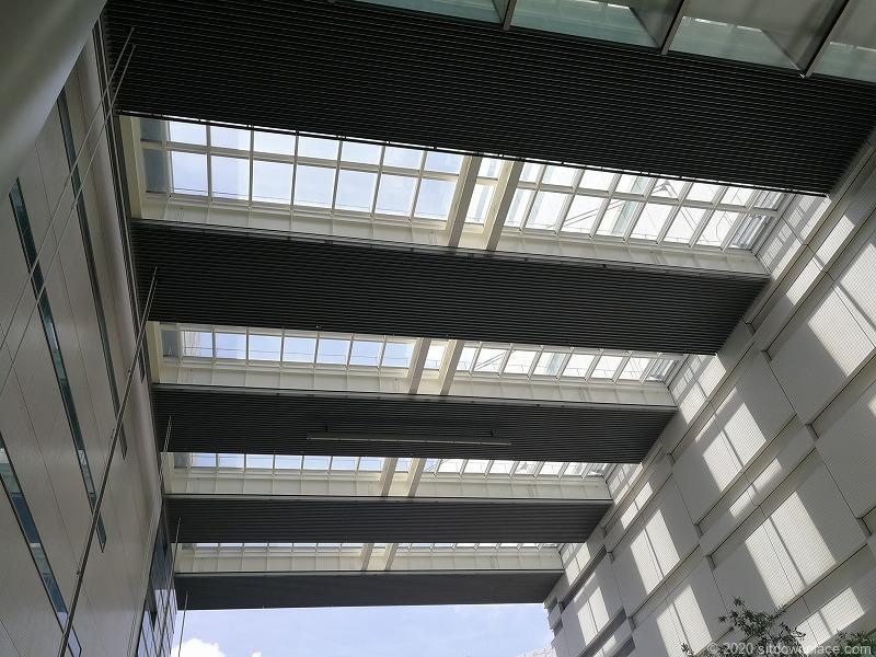 浜松駅ギャラリーモールソラモの天井