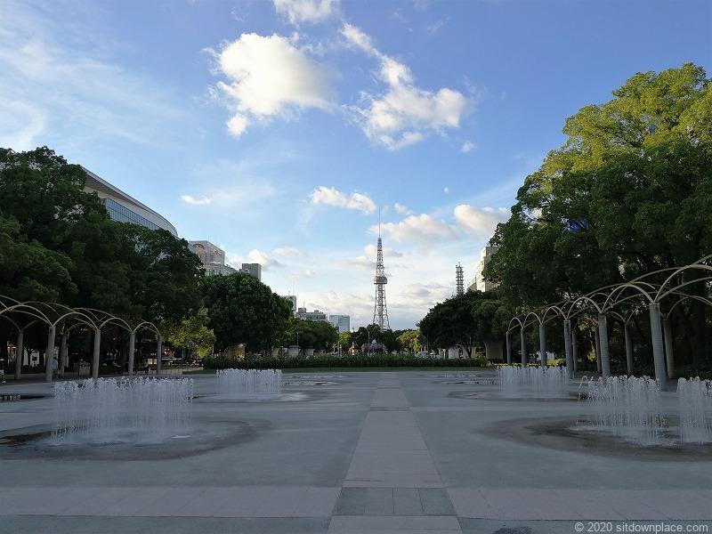 栄駅エンゼル広場の噴水野②