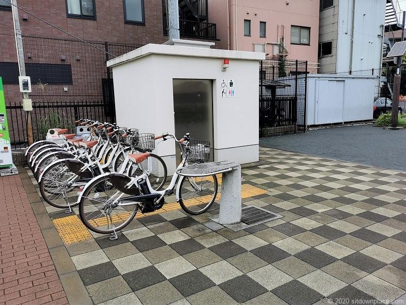 多磨霊園駅清水が丘東公園のトイレ