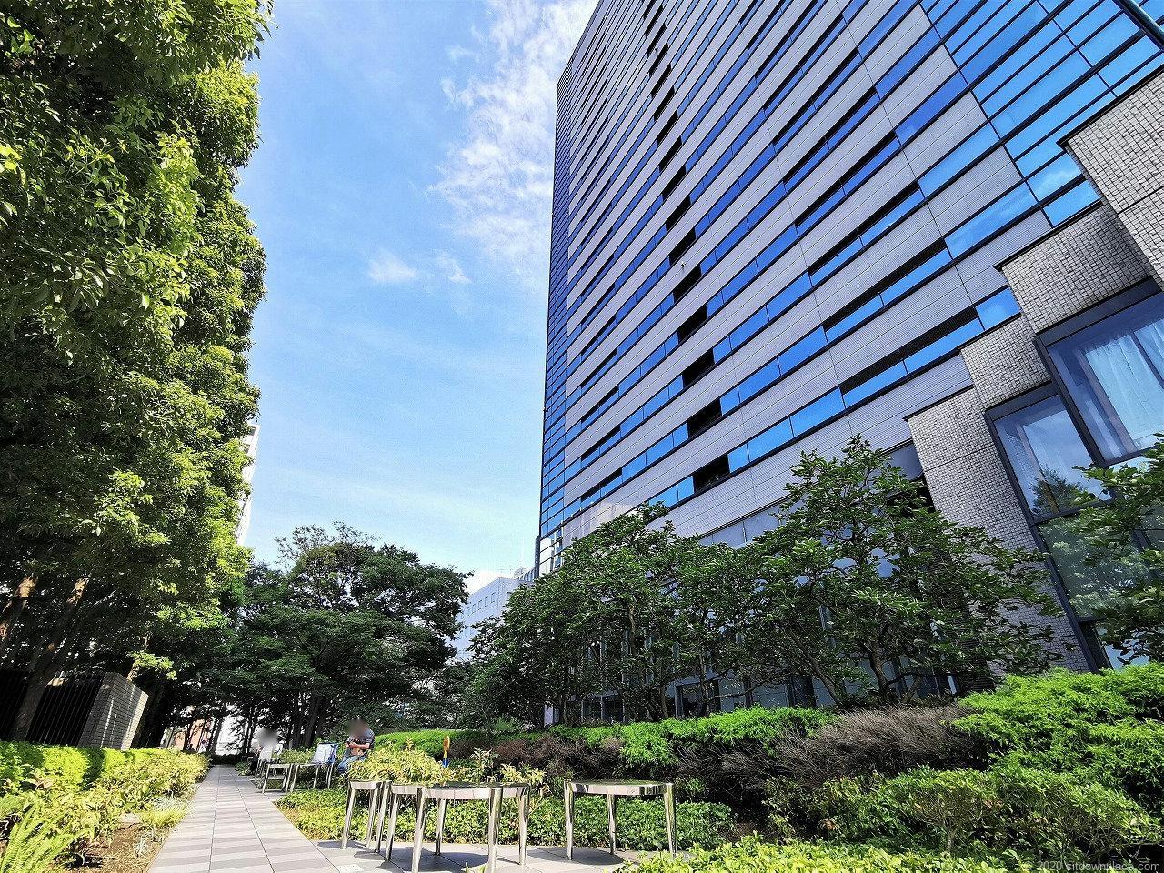 武蔵小杉駅 タワープレイス公開空地の外観2