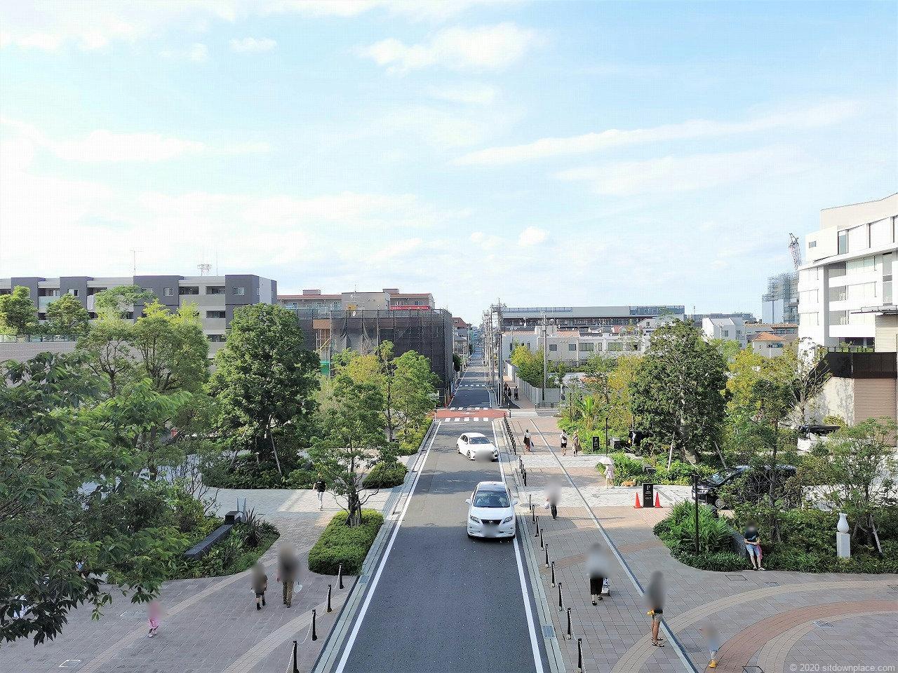 武蔵小杉駅 パークシティ ザ・ガーデン 地上広場の外観