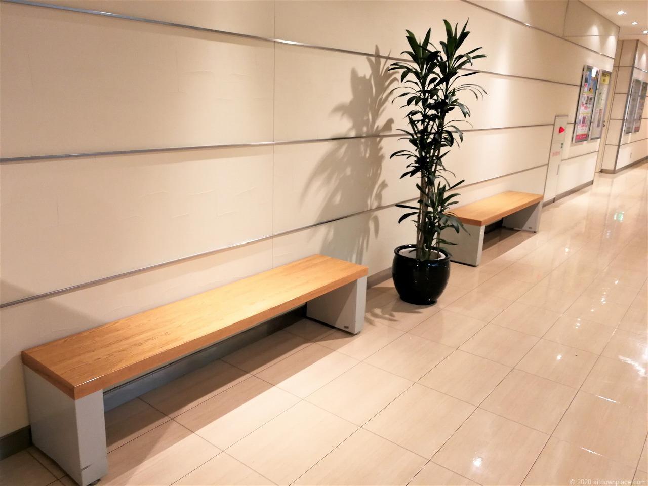 東武宇都宮駅 表参道スクエア2F,3Fの休憩場所