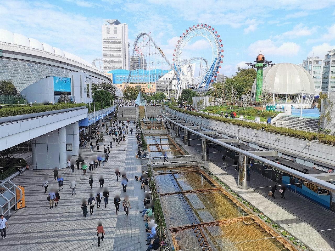 水道橋駅 東京ドームシティ クリスタルアベニューの外観1