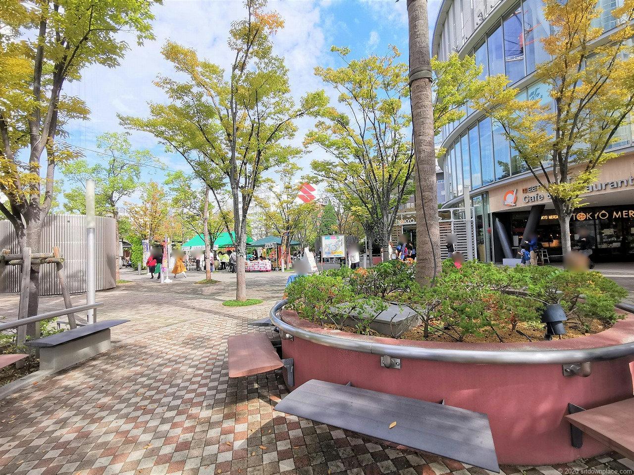 水道橋駅 東京ドームシティ ミーツポートガーデンの休憩場所2