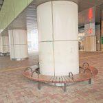 【千歳船橋駅】高架下広場の休憩場所