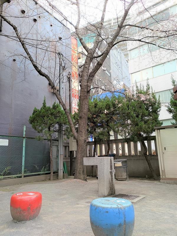 神楽坂駅 善国寺 毘沙門児童遊園の休憩場所