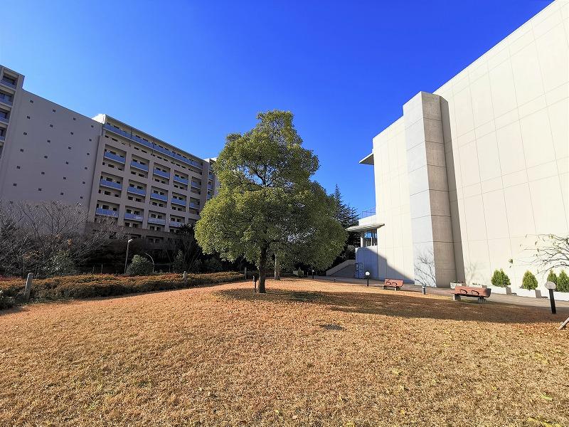 新百合ヶ丘駅 昭和音大 テアトロ付近の休憩場所の外観