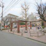 【牛込神楽坂駅】あさひ児童遊園の休憩場所