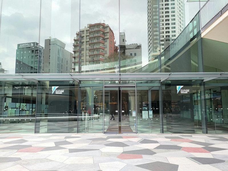 東新宿駅 イーストサイドスクエアB1F エスカレーターの外観