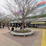【仙川駅】駅前広場の休憩場所