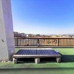 【高幡不動駅】ふれあい橋(万願寺歩道橋)の休憩場所