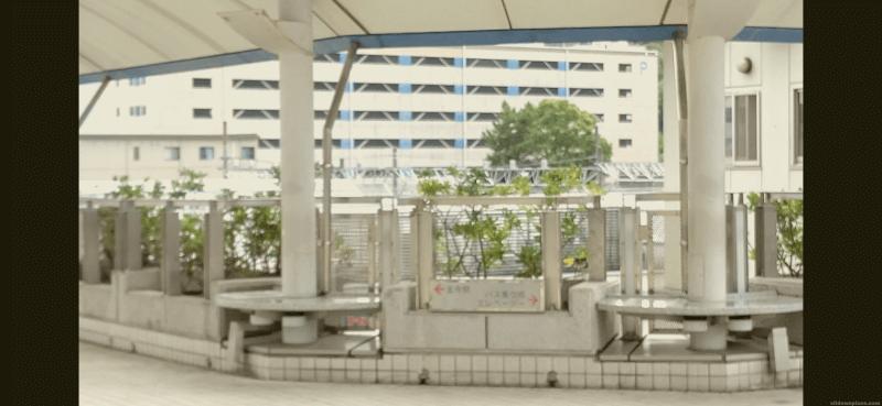 【王寺駅】王寺駅  北側 連絡通路の休憩場所2