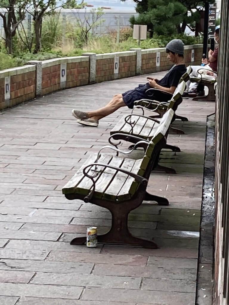 【舞子駅】南口の広場先の明石海峡に面したの休憩場所1