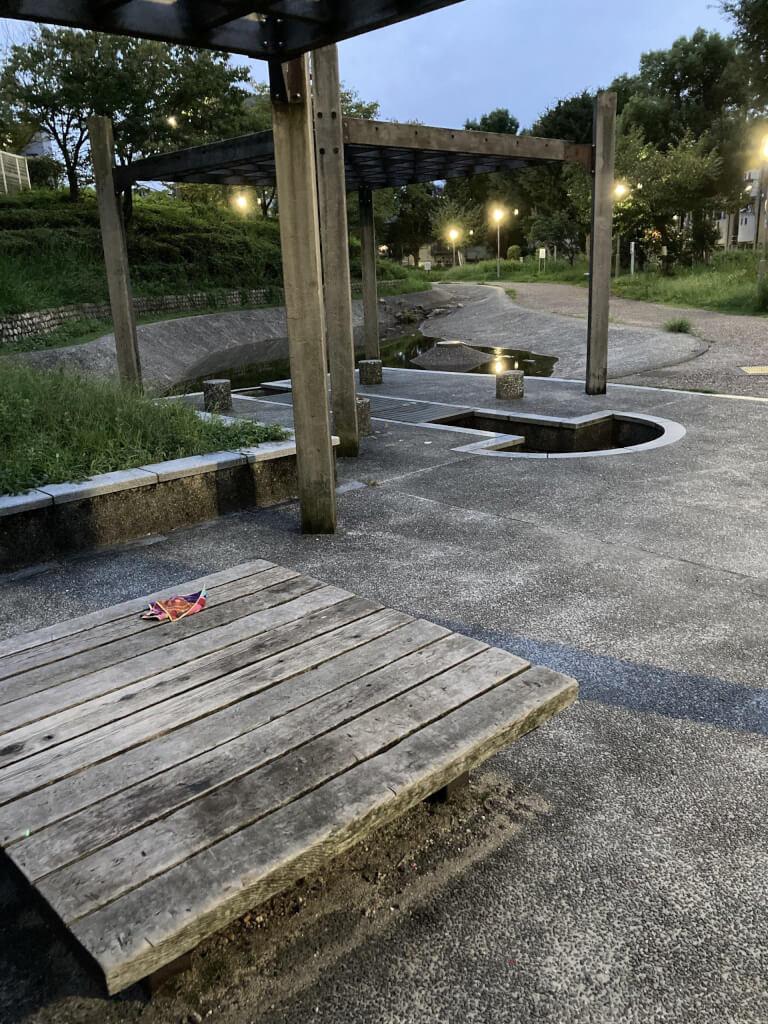 【東三国駅】新駅8号公園の休憩場所2