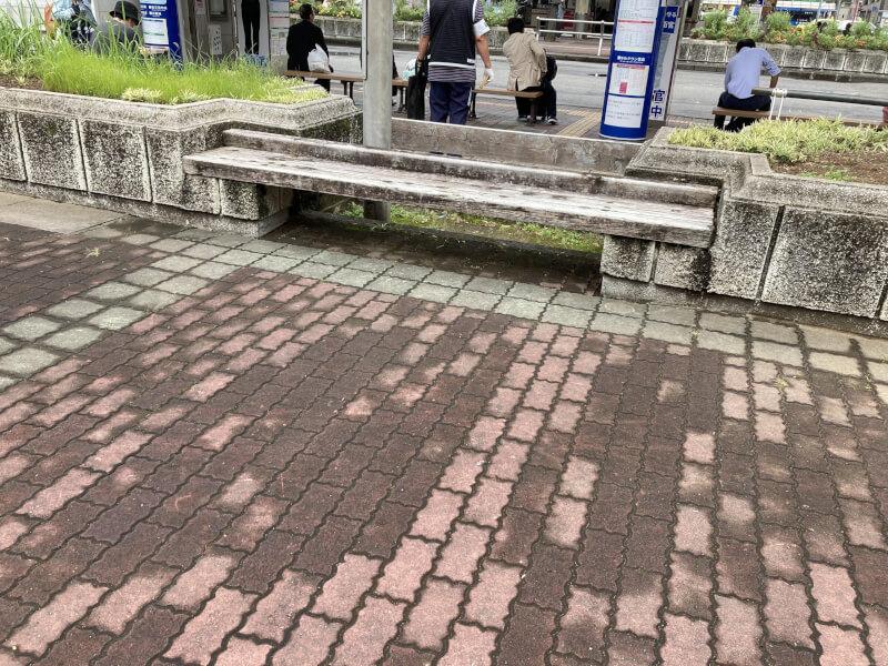 【徳島駅】徳島バスのりば近くの休憩場所1