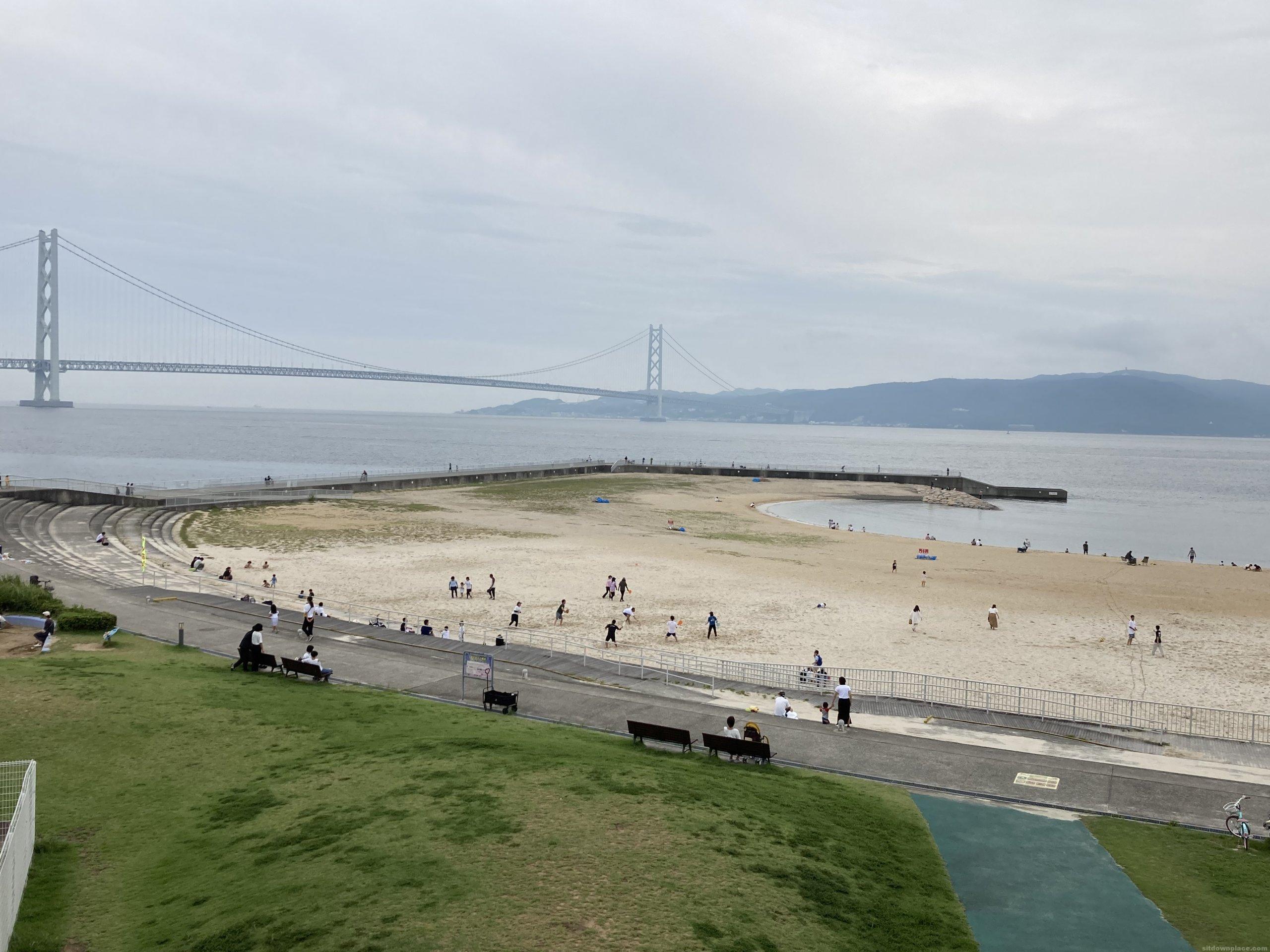 【朝霧駅】大蔵海岸公園こどもの広場の休憩場所1