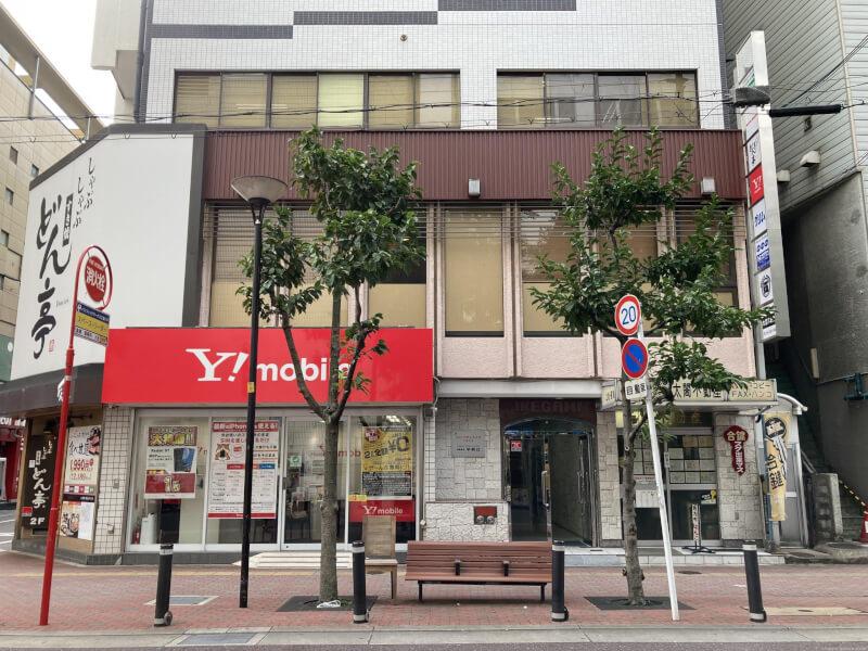 【江坂駅】ワイモバイル前の休憩場所2
