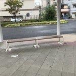 【西新町駅】北口(西側)の休憩場所