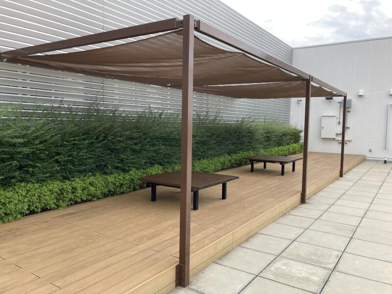 【明石駅】パピオス明石7Fの屋上広場の休憩場所1