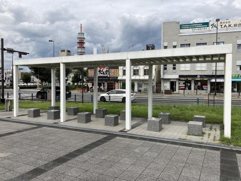 【福知山駅】北口公園の休憩場所3
