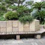 【舞子駅】南口の広場の休憩場所
