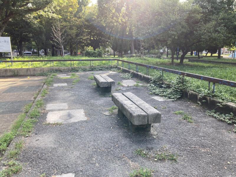 【三国駅】三国本町公園の休憩場所2