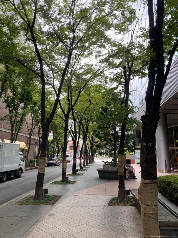 【大阪梅田駅】毎日放送ビルの休憩場所1