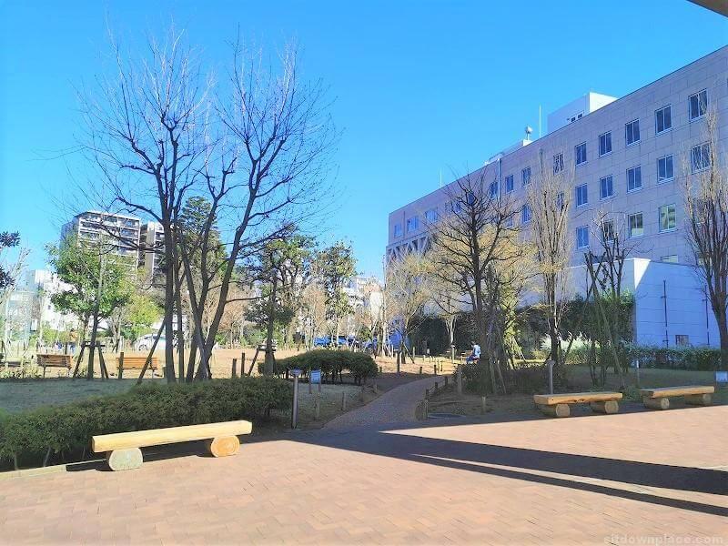 浦和駅埼玉県庁 コバトンカフェ周辺の休憩場所その3