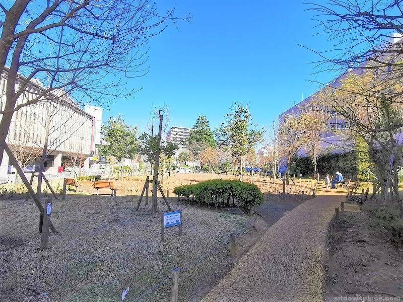 浦和駅埼玉県庁 コバトンカフェ周辺の休憩場所その2