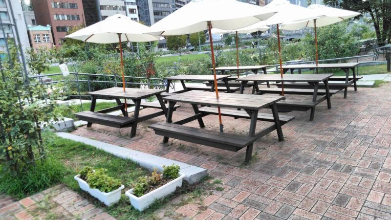 【北浜駅】中之島公園 バラ園の休憩場所3