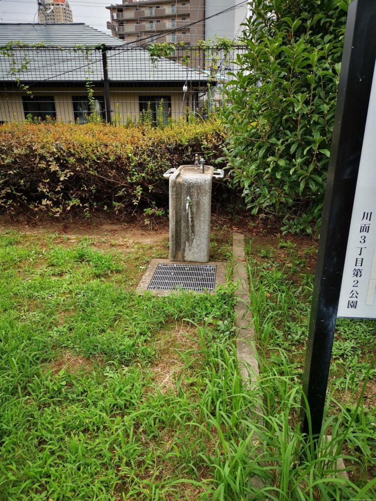 【宝塚駅】川面3丁目第2公園の休憩場所1