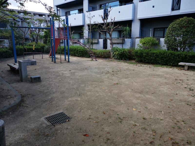 【売布神社駅】売布東の町公園の休憩場所1