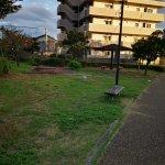 【清荒神駅】美座ひょうたん池公園の休憩場所